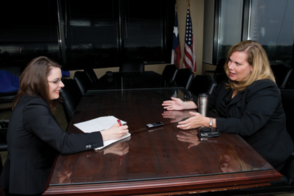 From left to right, Ellen Rosetti interviews Assistant U.S. Attorney Mandy Griffith ('98) (Photo by Gary Payne)