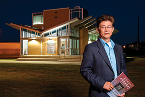 Yong X. Tao, PACCAR Professor of Engineering and director of the PACCAR Technology Institute at UNT. (Photo by Jonathan Reynolds)