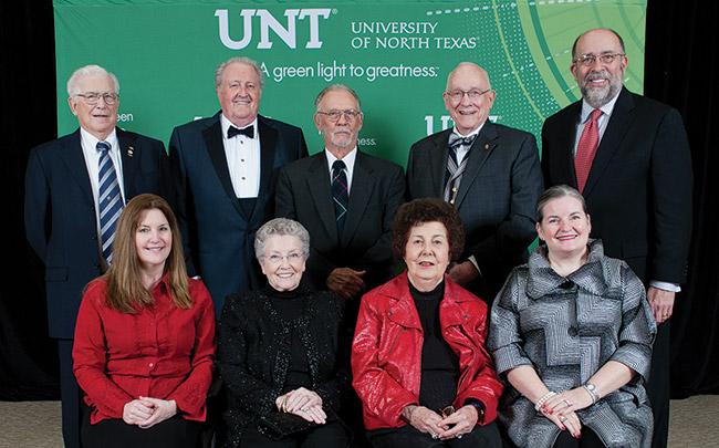 From left, front: Debbie Taylor Albrecht ('82), Ellen Davis Taylor ('55), Teresa Harber Davis ('52), Paula McPherson Davis ('75, '76 M.Ed.); back: James Taylor ('56, '59 M.S.), C. Dean Davis ('53), John Davis ('52), O.L. Davis Jr. ('49, '50 M.Ed.), Luke Davis III ('76).  (Photo by Gary Payne)