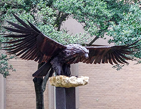 Eagle sculpture by Bret Brauninger