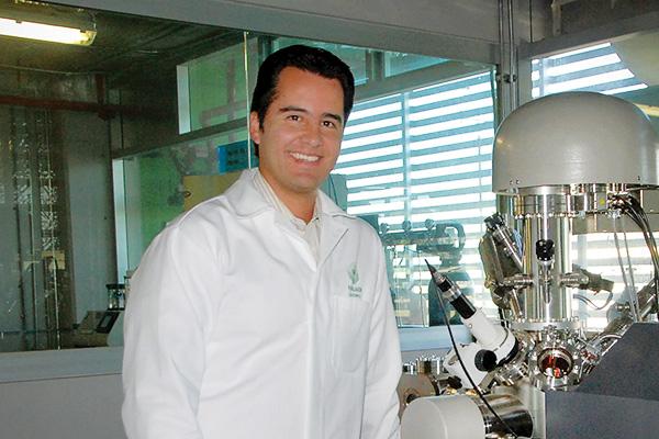 Oscar Olea-Mejia ('07 Ph.D.) (Photo courtesy of Oscar Olea-Mejia)