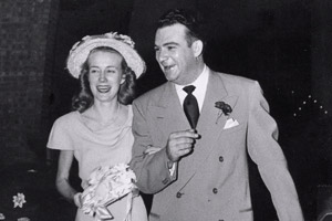 """Edna Jo """"Bo"""" Allen Chapman ('47) and Pat Chapman ('47)"""