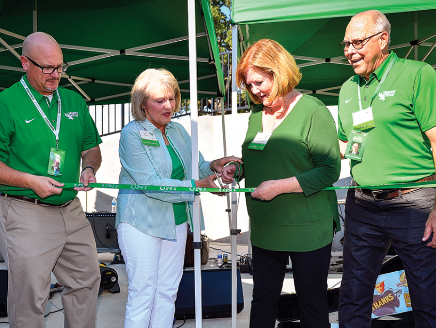 David Wolf, Cathy Bryce, Debbie Smatresk and UNT President Neal Smatresk at the Diamond Eagles Family Patio