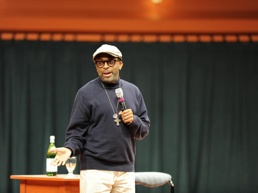 <p>Spike Lee speaking</p>