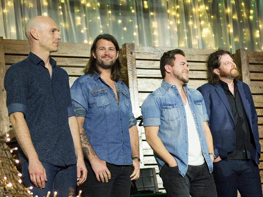 <p>Members of Eli Young Band at Wingspan 2017</p>