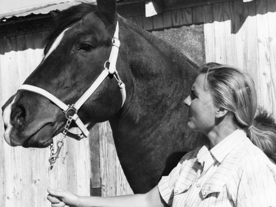 <p>Sweet Estes with Horse in 1973</p>
